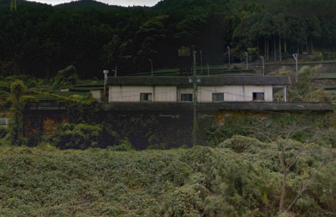 嬉野町大字岩屋川内乙の建物