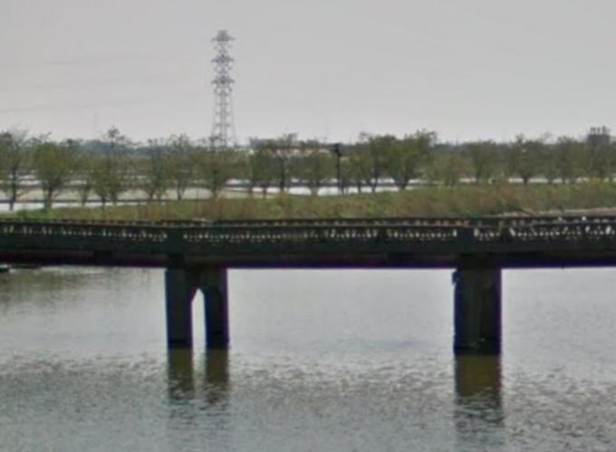 旧・新利根橋