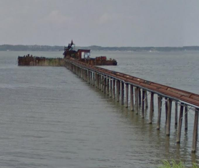霞ヶ浦の廃船