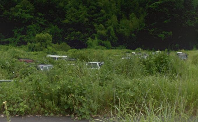 富岡町大菅の廃車群