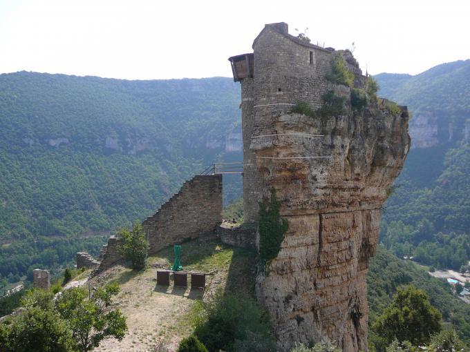 ペルラード城(Château de Peyrelade)
