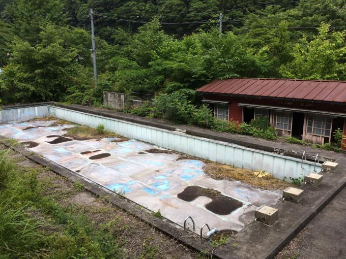 鴨沢小中学校
