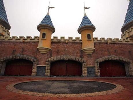 中国の偽ディズニーランドWonderland Amusement Park