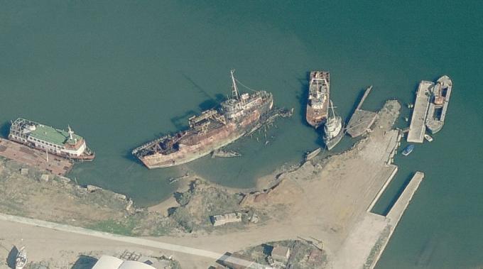 セイシャルの廃船