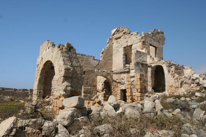 トラーパニの廃城