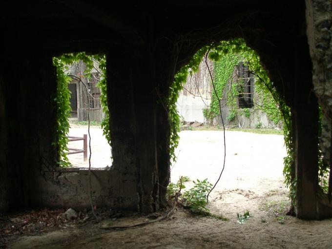 大久野島(忠海兵器製造所)