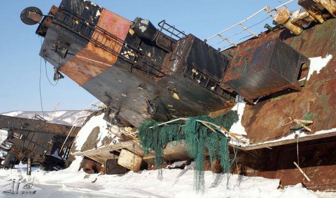 ペトロパブロフスク・カムチャツキーの廃船