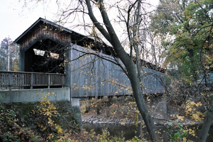 エイダ屋根付橋(Ada Covered Bridge)