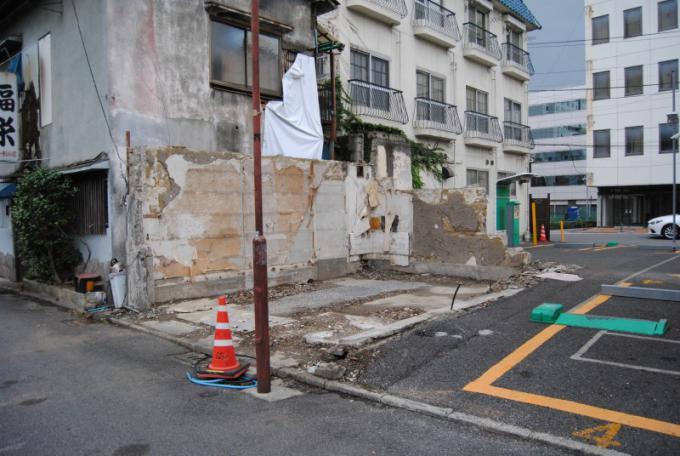 東武宇都宮駅前廃墟群