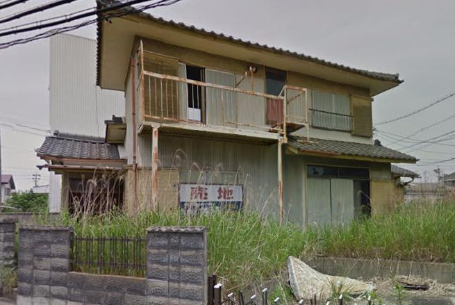 甚目寺の家(三角屋敷、黄色い家)
