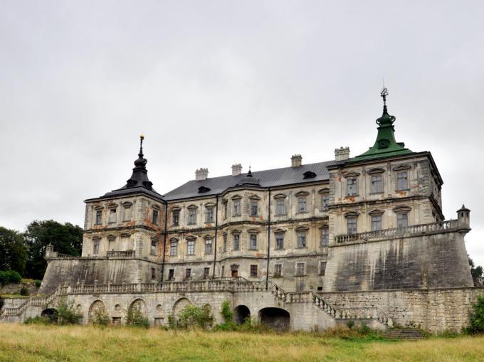 ピドヒルツィ城(Pidhirtsi Castle)
