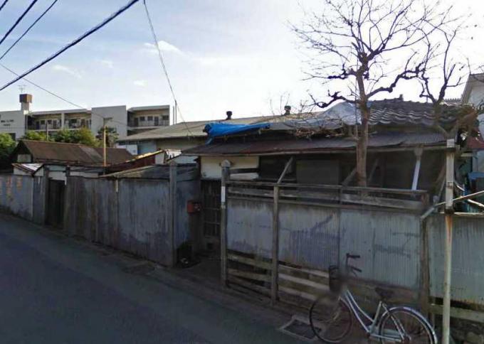足立区小台1丁目の廃屋