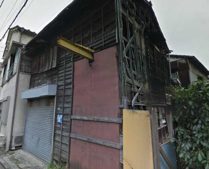 江戸川区松島3丁目の廃屋