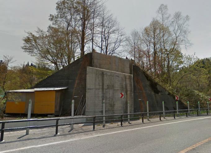 湯の沢温泉ドライブイン(第六平川橋梁、そば処峠)